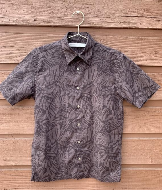 Vintage Perry Ellis Short Sleeve Button Down Hawaiian Men S Shirt 90s Brand Perry Ellis Size S Fits Like S Color Dark B Sleeves Perry Ellis Mustard Sweater