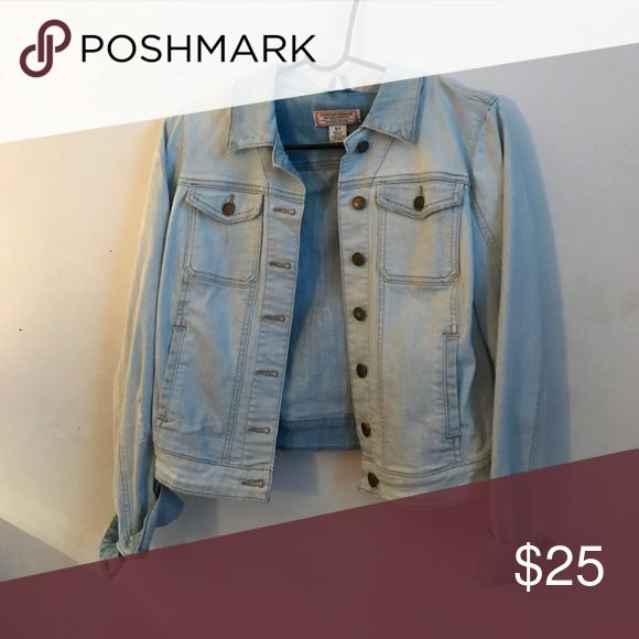 Light Wash Denim Jacket good condition Guess Jackets & Coats Jean Jackets