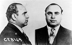 Alphonse Gabriel Capone Pecino (Brooklyn, Nueva York, 17 de enero de 1899 – Miami, 25 de enero de 1947), más conocido como Al Capone o Al Scarface Capone (traducido al español Al cara cortada Capone), apodo que recibió debido a la cicatriz que tenía en su cara, provocada por un corte de navaja, fue un famoso gánster estadounidense de los años 20 y 30, aunque su tarjeta de visita decía que era un vendedor de antigüedades.