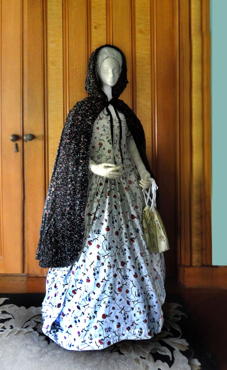 By the last quarter of the 18th century, cotton was rising in popularity for use in clothing for all classes of society. Printed cottons from India called 'calicoes' - derived from their manufacture in Calcutta - became the rage in both Europe and America. One trend which swept fashionable society was a passion for dark-grounded textiles, used particularly for women's clothing items.