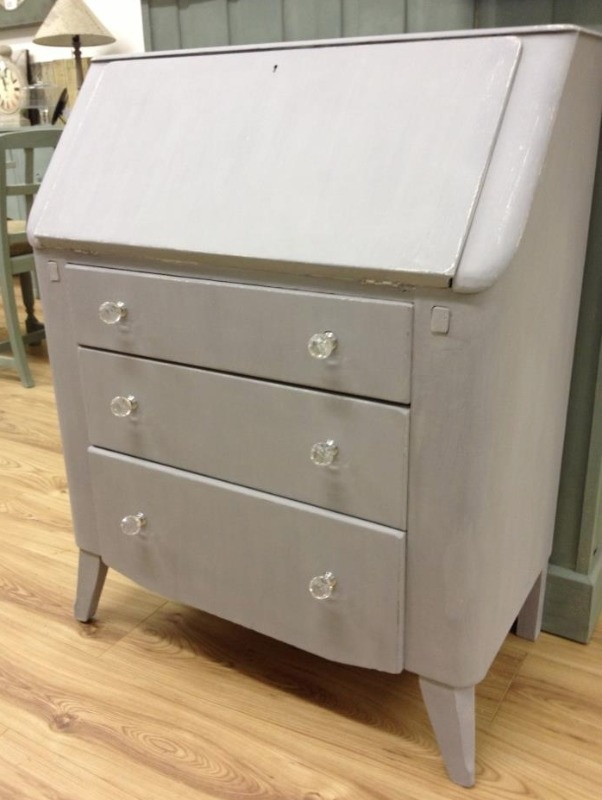 French Grey Over Huile De Noix Bureau Autentico Chalk