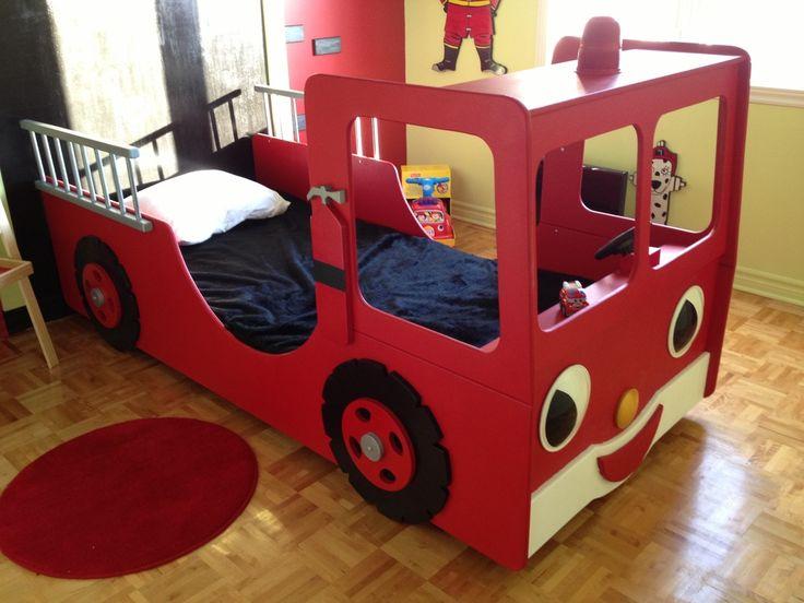 1000 id es sur le th me chambre de pompier sur pinterest salle des pompiers - Lit camion de pompier ...