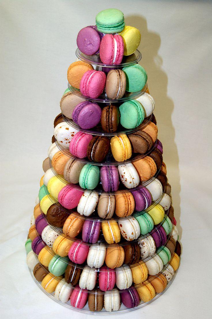 pièce montée macaron | Une pièce montée originale réalisée à partir de 35 macarons.