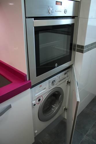 Dise o de cocinas dise o de cocinas en aranjuez cocina for Mueble lavadora secadora