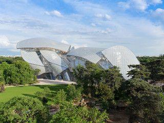 LVMHの現代アート美術館ルイ・ヴィトンファウンデーション、パリに10月オープン。フランク・ゲーリー設計