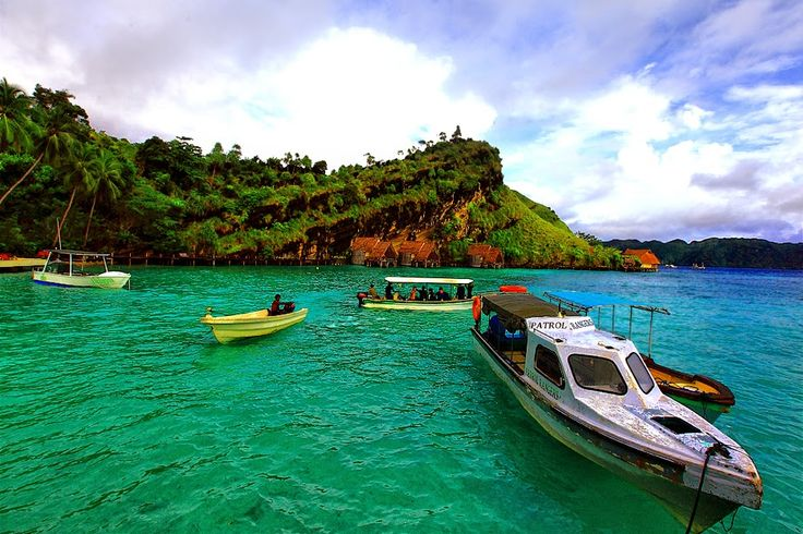 Raja Ampat, Wisata Bawah Laut Terbaik Dunia | Wisata Indonesia - Seputar informasi tempat wisata Indonesia hanya di travellerindonesia.blogspot.com