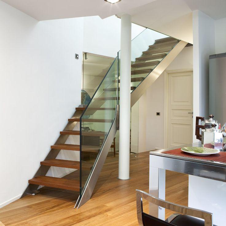 Oltre 25 fantastiche idee su progettazione scale su - Scale interne piccoli spazi ...