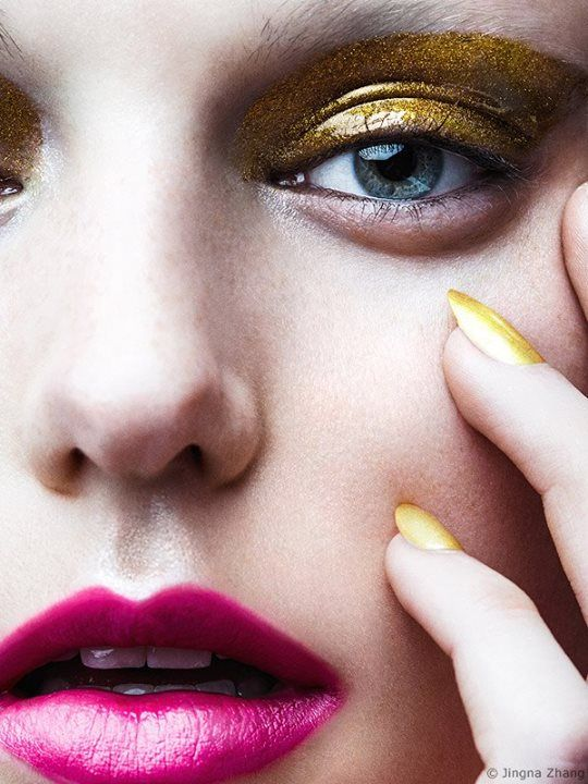 Gold eyes beauty for VOGUE Brazil Photography by Jingna Zhang | Editor: Victoria Marchesi; Photography: Zhang Jingna; Model: Madison Moehling; Hair: Linh Nguyen; Makeup: Roshar Nails: Angel Williams #gel #eyeshadow #glitter #pink #boldlips #lips #nails #goldnails #editorial #beautyeditorial