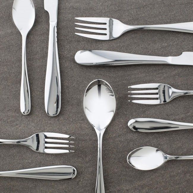 Made from solid 18/10 stainless steel, Paderno flatware is durable enough for every day use, while maintaining its gleaming appearance for fine dining with guests.