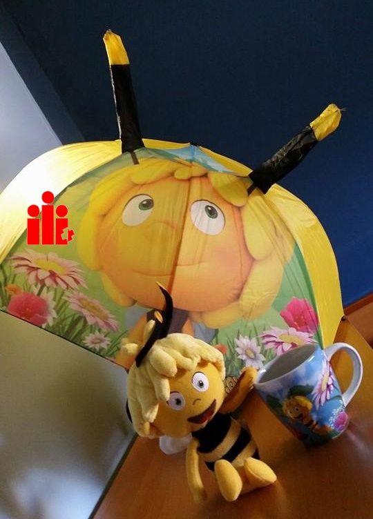 Pronto muchas abejas Maya revolotearan en tu casa, acompañadas de un paraguas y de la taza de desayuno, para comenzar con pura energía. Jalea Real vitaminada 100% natural para épocas de mucho desga...