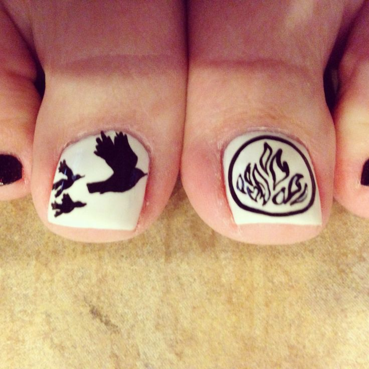 Best 25 divergent nails ideas on pinterest bird nail art divergent nail art nail girl rocks prinsesfo Image collections