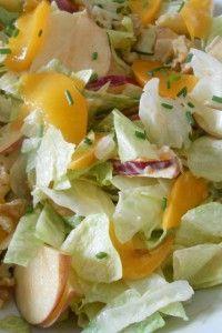 Salade met perzik en appel