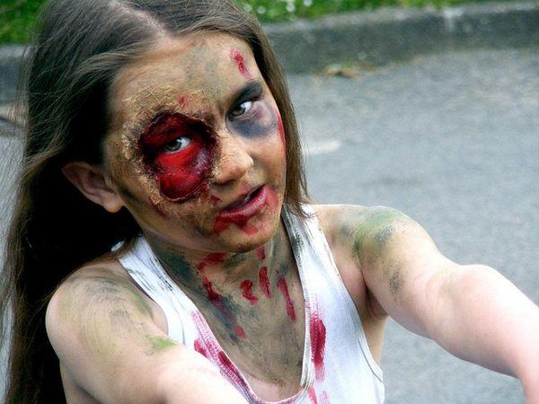 17 Best Images About Kids Survivor Run On Pinterest   Halloween Zombie Backyard Obstacle Course ...