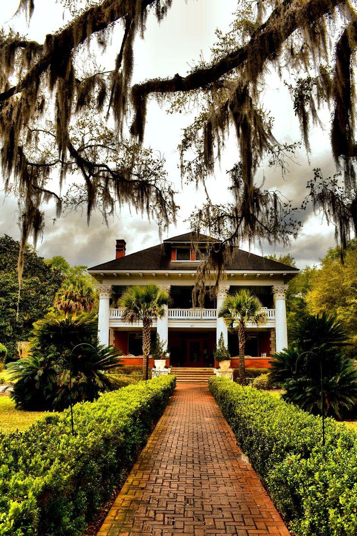 The Herlong Mansion, Built in 1845 - Micanopy, FL.