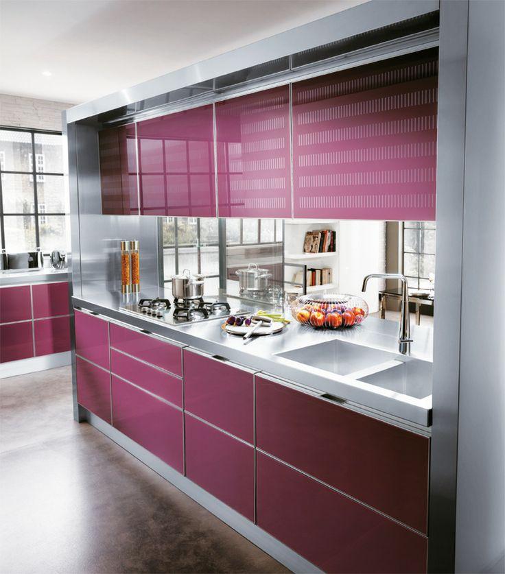 17 best images about cocinas violetas on pinterest - Cocina con pared de cristal ...