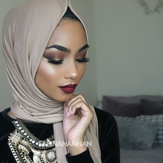 A little snippet of my EID tutorial that will be up on my YouTube channel soon (Sabina Hannan)   I used the @anastasiabeverlyhills glow kit in THAT GLOW (dripping in gold) #anastasiabeverlyhills#thatglow#glowkit#anastasiaglowkit