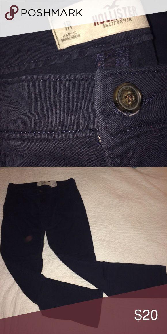Hollister navy pants Hollister navy pants Hollister Pants Trousers
