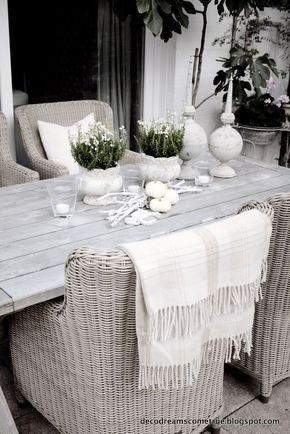 Subtle yet rustic furniture for the terrace or #garden
