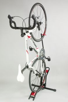 Minoura DS-2100 freestanding vertical bicycle stand