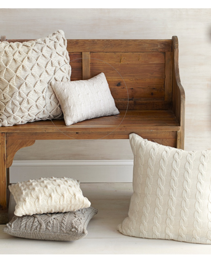 Knitted pillows #knit #sweater #pillows #home #decor #design #simple #bedroom #white #natural