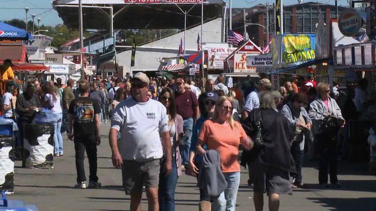 Bloomsburg Fair Stands   Bloomsburg Fair: Beautiful Weather, Big Crowds   WNEP.com