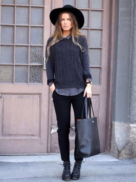 Серый свитер и рубашка