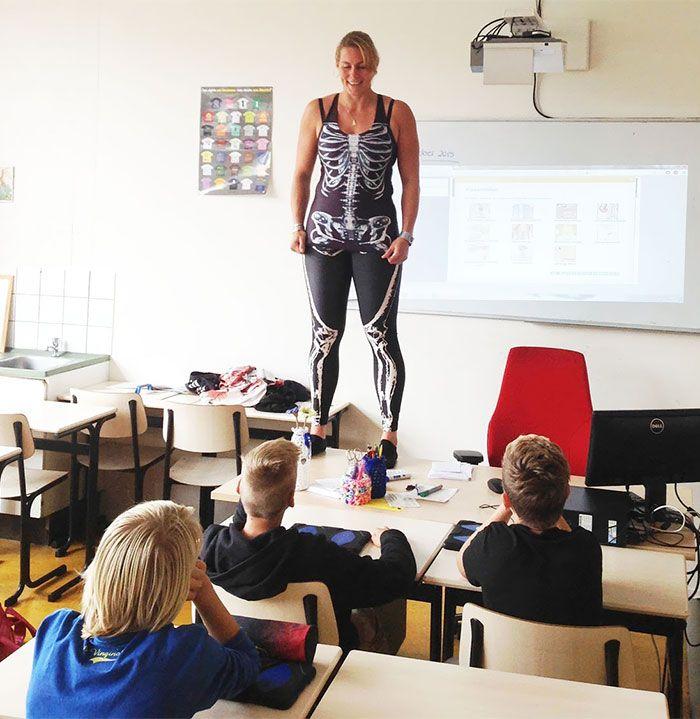 Debby Heerkens, un'insegnante di biologia presso la scuola Groene Hart Rijnwoude nei Paesi Bassi, ha ideato un modo davvero originale per insegnare…