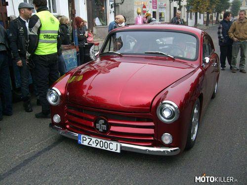 Syrena z V8