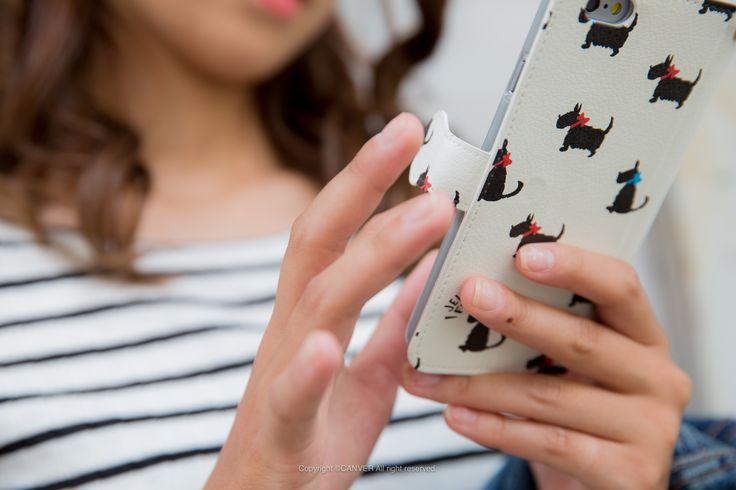 #canver#スマホケース#cool#iPhone#iPhone6#ケース#スマホ#かっこいい#オシャレ#sweet#かわいい#美人#case#手帳型#全機種対応#おしゃれ#flower#グラフィック#cute#girl#iPhone5#iPhone5s#apple#iPhone6s#iPhone6splus#iPhonecase#instaphoto#fashion#すまふぉと#スマホカバー   Black dog   テリアに恋する皆さん!キュートなテリアをモチーフにしたケースの登場です。ベースの白とテリアの黒のコントラストにブルー&レッドのリボンを配置。大人も持てる上品なデザインに仕上がっています。  http://item.rakuten.co.jp/can-vershop/jf4811-umc02/