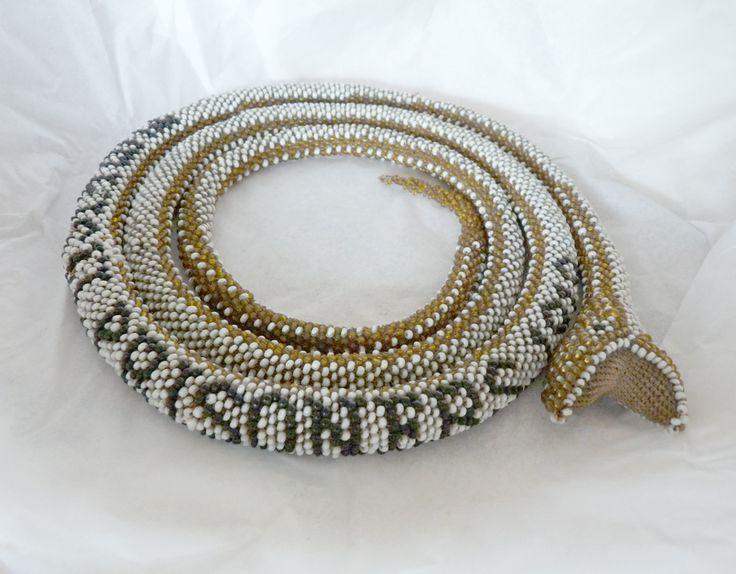 bead crochet snake http://www.beadcrochetsnakes.com ...