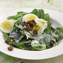 Spinatsalat mit Joghurt-Kräuter-Dressing