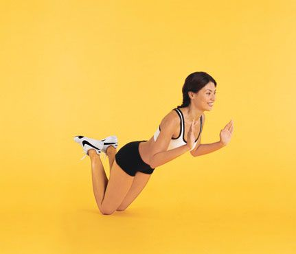 The Halter Top Workout: work chest, shoulders, arms, and abs with the Killer Push-Up #SelfMagazine #UpperBodyWorkouts