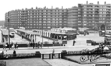 Old photo of The Bus Station And Quarry Hill Flats c1960, Leeds