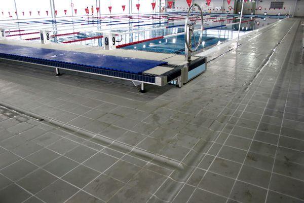M s de 25 ideas incre bles sobre azulejos de piscina en pinterest baldosas de piscina outdoor - Piscina olimpica castellon ...