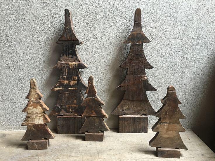 Landelijke houten kerstboom hout kerstbomen boom bomen kerstboompje
