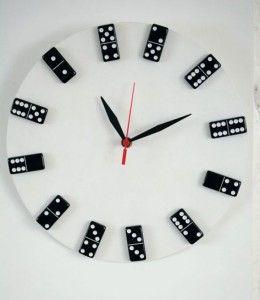 Como fazer relógio com dominó reciclado passo a passo
