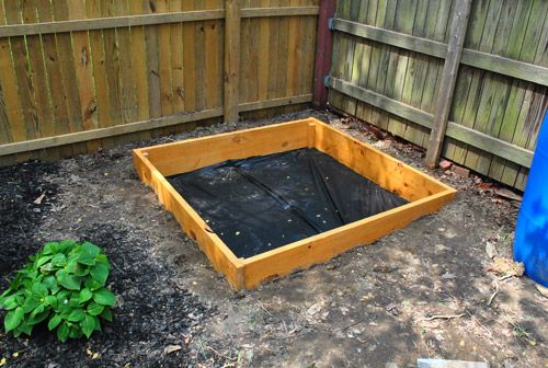 How to make a sandbox from Young House Love: Building, Kids Someday, Dogs Poo, Covers Sandbox, Doggies Sandbox, Sandbox Dogs, Diy Sandbox, Sandbox Chronicles, Sandbox Tutorials