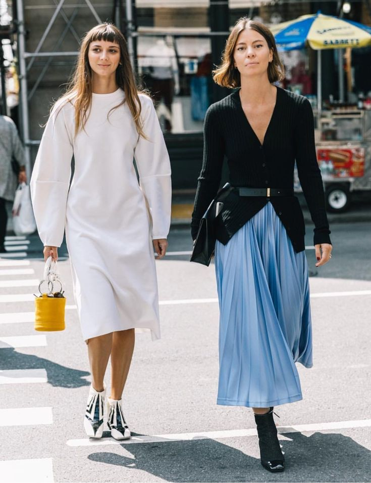 Love the belted cardigan and flowing skirt. Would work well with culottes.
