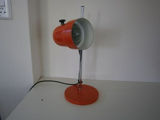 Staand spotje. Oranje.   Tafel- / bureaulampen   Fennies Vintage
