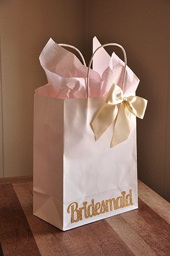 Bridesmaid Gift Bags. Handcrafted in 2-5 by ConfettiMommaParty