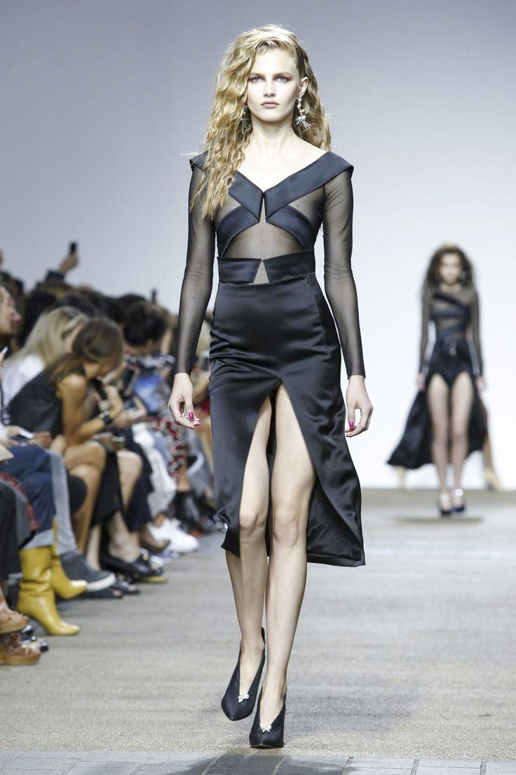 Topshop Unique Ready To Wear Spring Summer 2017 London