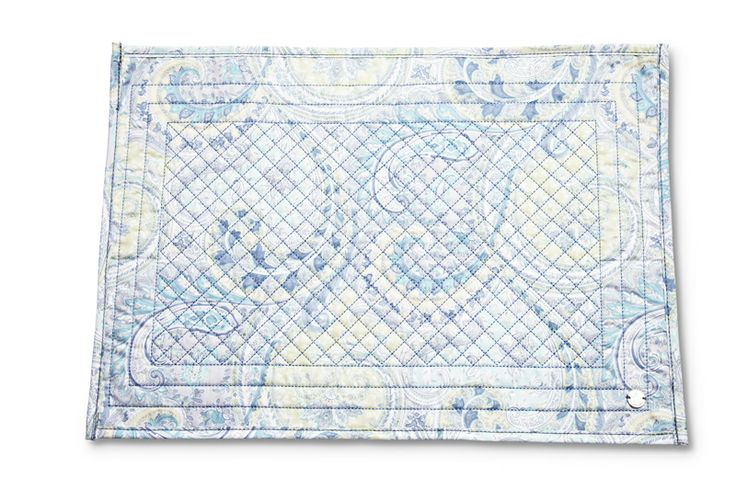 too Cute - Placemats in paisley - neither blue or pink - from florence design! <3