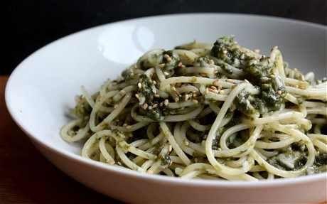 Ecco 5 ricette con le alghe da preparare facilmente in casa. Le alghe sono molto versatili e sono una vera e propria fonte di proteine e sali minerali.