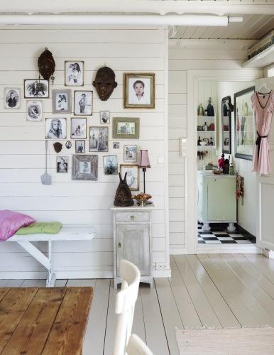 flea market scandinavian white interior, great style  skandinav-dizajn.blogspot.hu