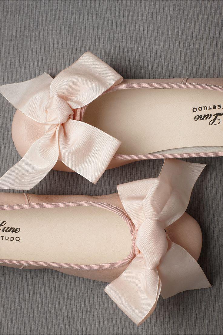 Parisian Ballet Flats: Bows Flats, Wedding Shoes, Flowers Girls, Pink Bows, Pink Flats, Ballet Flats, Big Bows, Ballet Shoes, Girls Shoes
