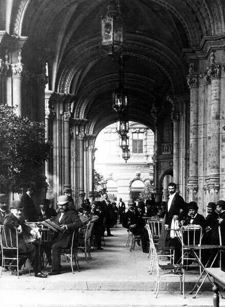 Klösz György: A Reitter Kávéház az Operaháznál, Budapest, 1896