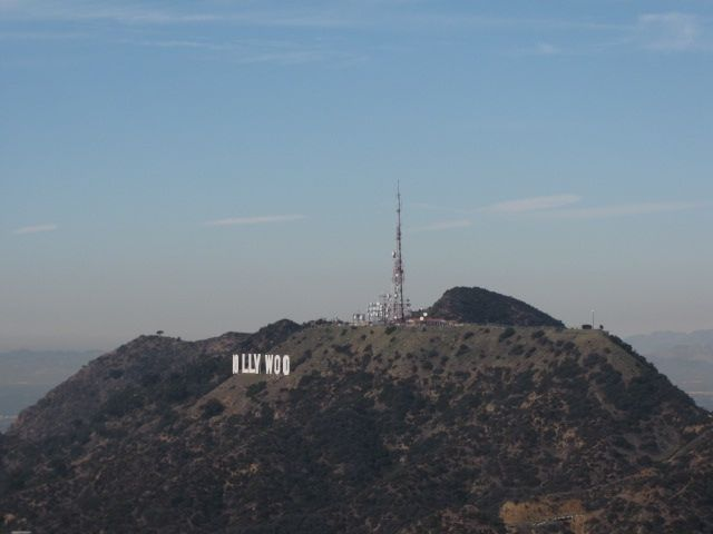 You see it all the time but how do you get to the Hollywood sign? Apparently there are 3 ways! Via @LAist