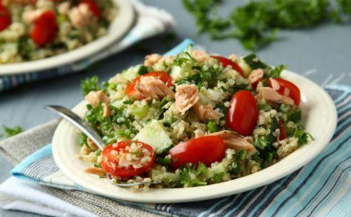 Quinoasalade met tonijn en avocado | GezondheidsNet