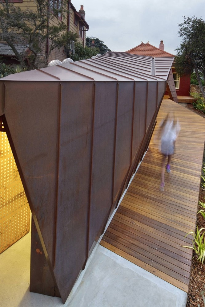 'Extension to a Small Cottage' / Innovarchi / Sydney