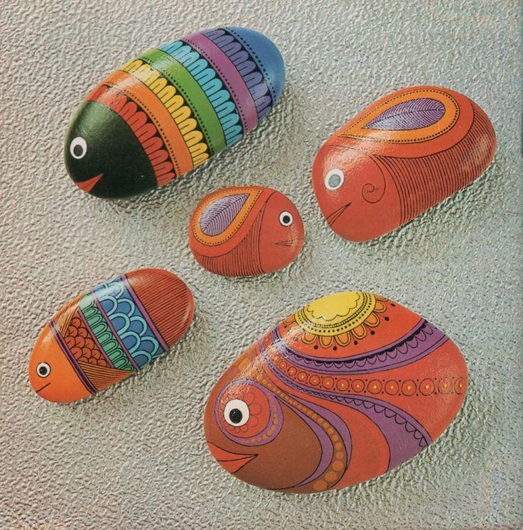 steine bemalen fische figuren muster orange